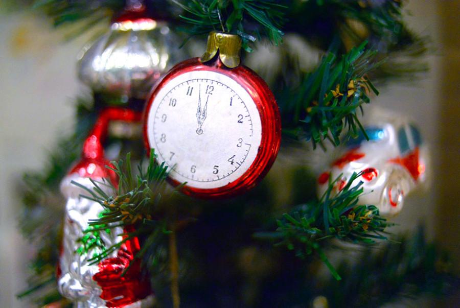 2 Часы. Стекло. 1950-1960 годы.jpg