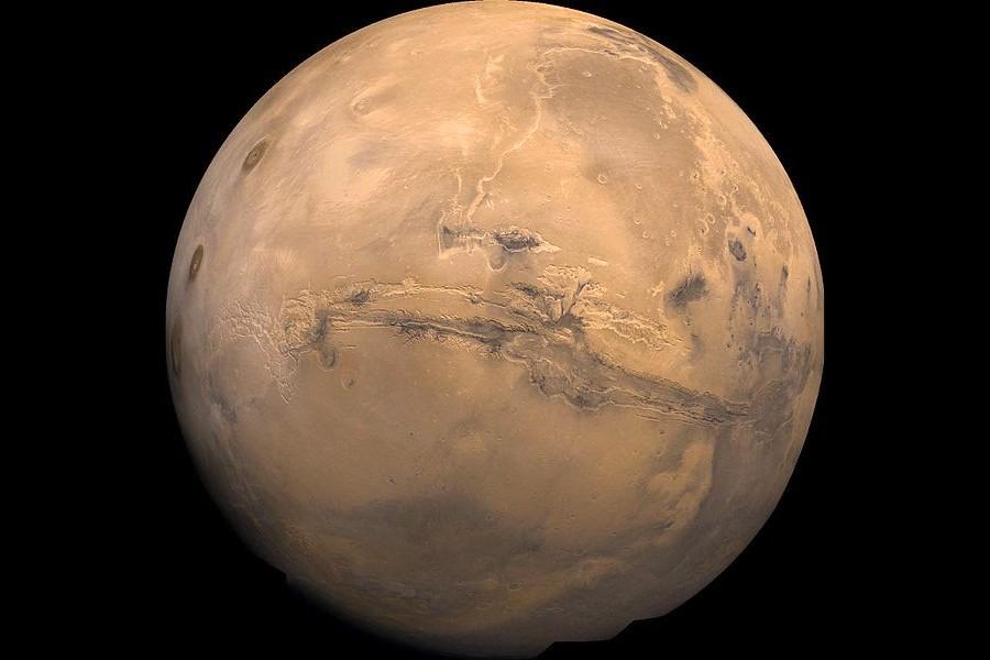 Марс с высоты 2500 км..jpeg