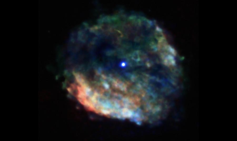 4 Остаток  сверхновой  с  нейтронной  звездой в  центре.jpg