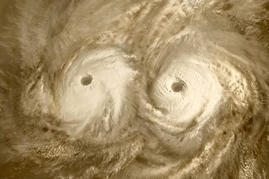 3 Циклон  наж  южным  полюсом  Венеры.jpg