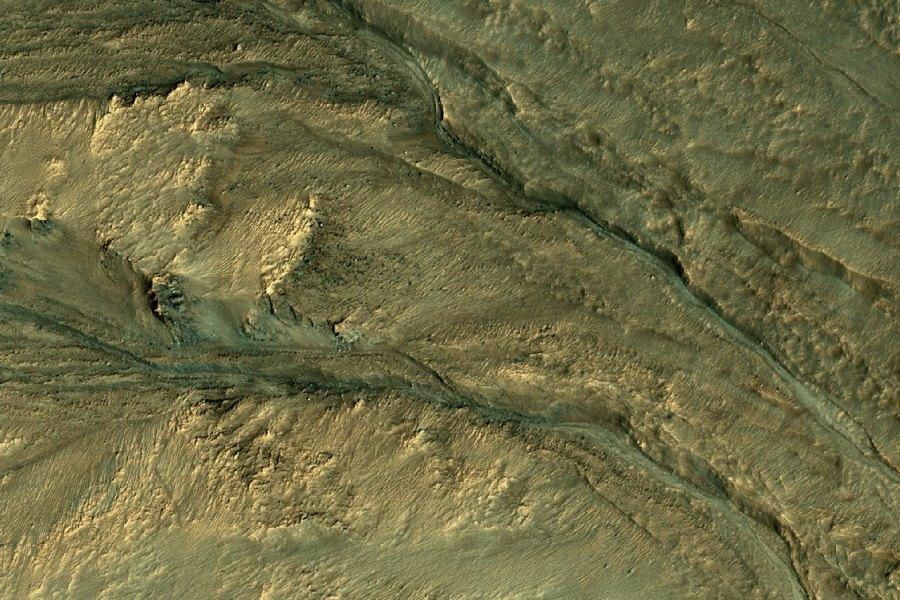 4 На  склонах  кратера Паликер.jpg
