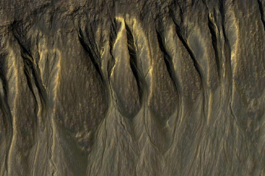 3 овраги Марса.jpg