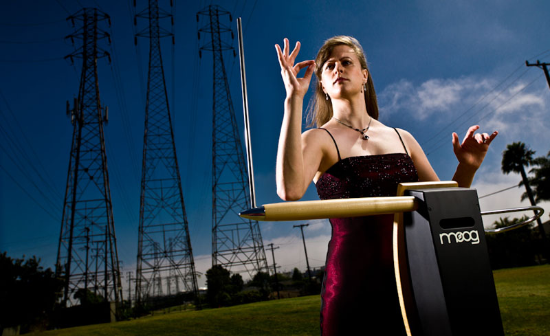 Lara-Wickes-Theremin-2