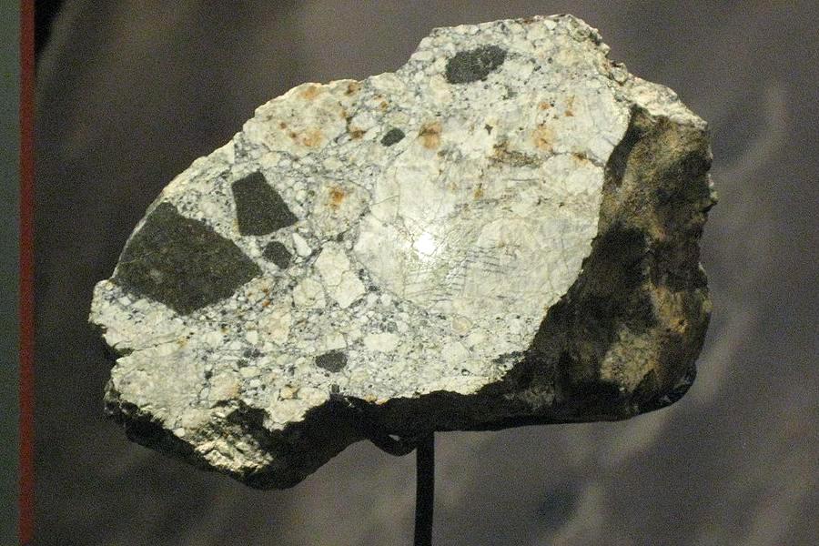 Cumberland_Falls_meteorite Ахондрит