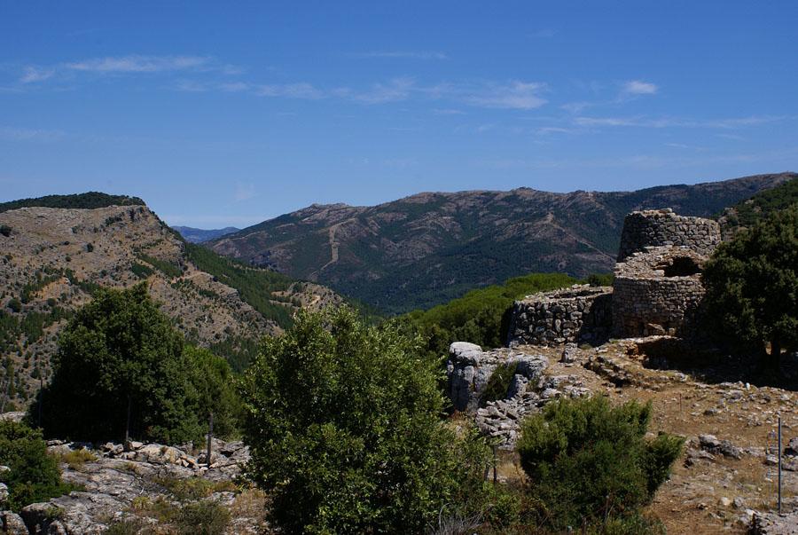 2 Nuraghe serbissi panorama