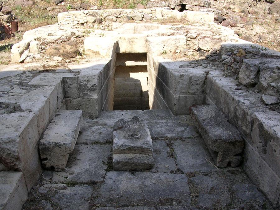 11 Священный колодец Predio Canopoli