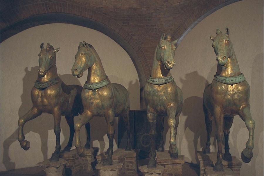 0 venice-st-marks-horses-17.4 - копия