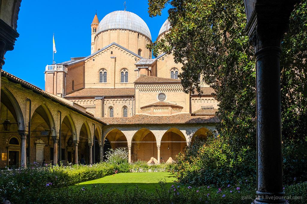 Базилика Святого в Падуе Базилика Святого в Падуе 2287008 original