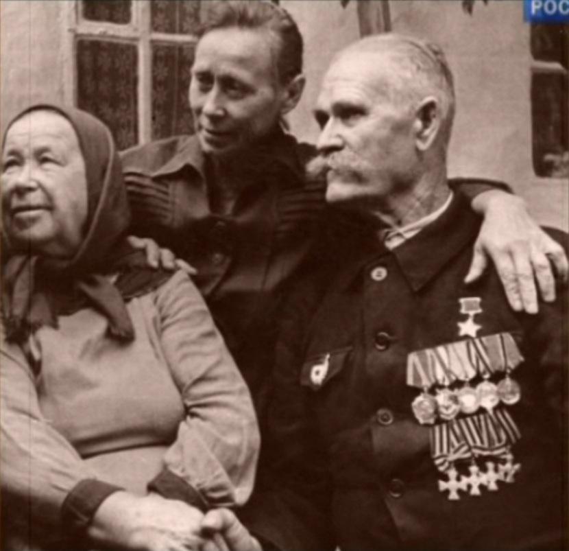 Герой Советского Союза полный Георгиевский кавалер Недорубов Константин Иосифович (2)