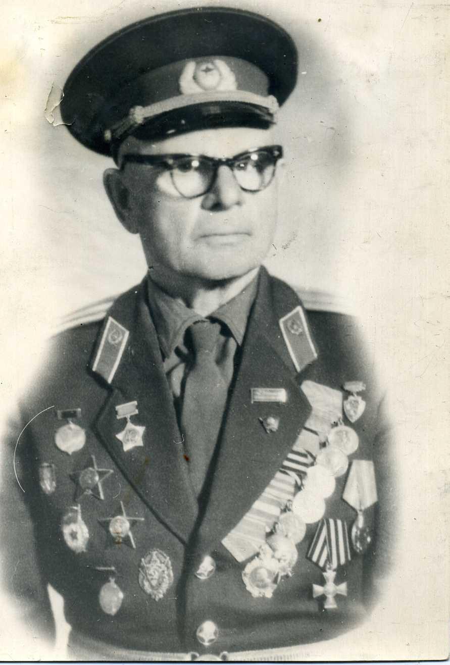 Неизвестный советский офицер - Георгиевский кавалер.