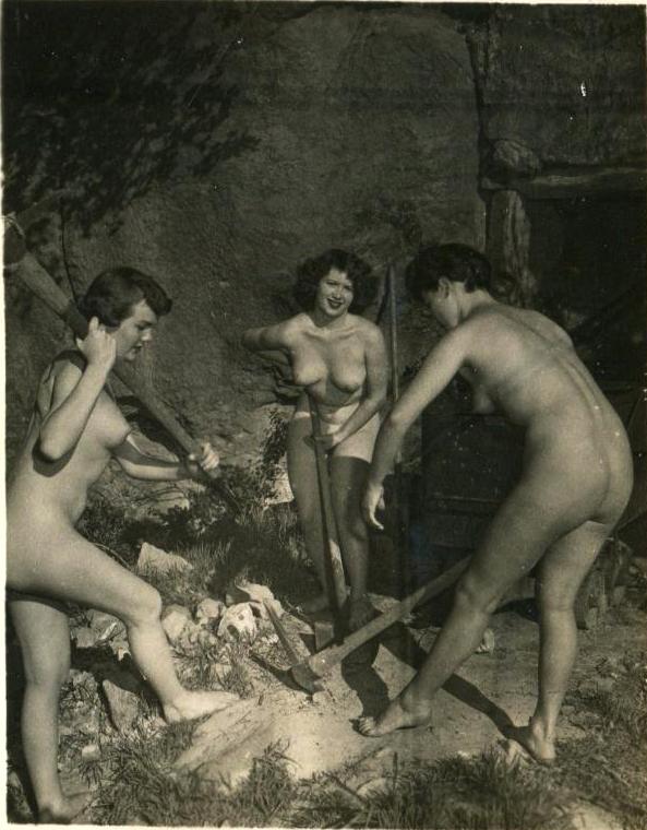 эротические фото и видео третьего рейха работает видео