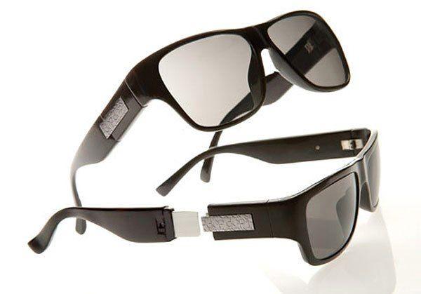 Солнцезащитные очки Сalvin Кlein с флешкой в дужке