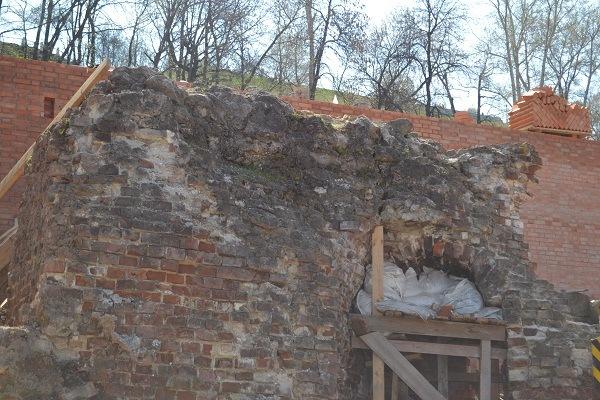 Фрагмент средневековой башни.