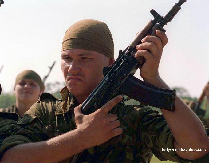 1301933062_800px_ukrainian_marine_with_aks_74u