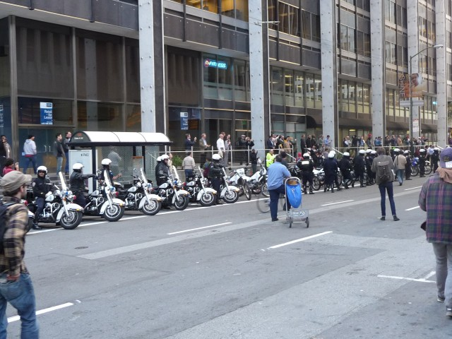 "Митинг на улице Drumm в Сан-Франциско ""Захвати банки"""