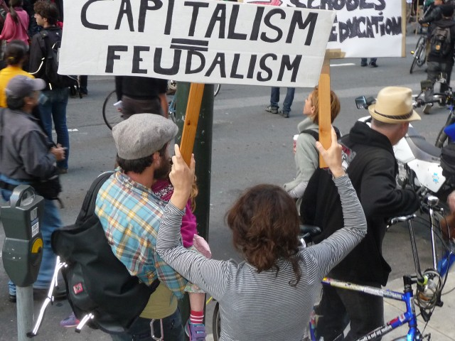 "Малолетний экстремист на митинге в Сан-Франциско ""Захвати банки"""