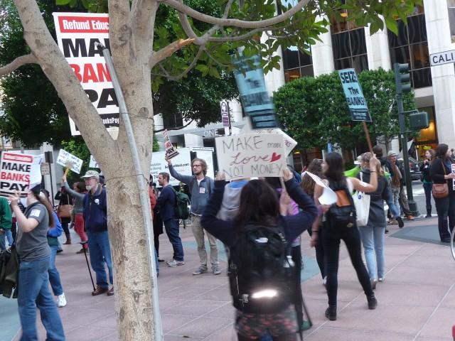 """Митинг в Сан-Франциско. 2Захвати банки"""""""