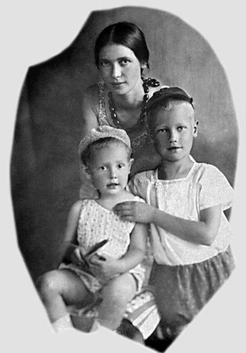 Екатерина Заболоцская с детьми