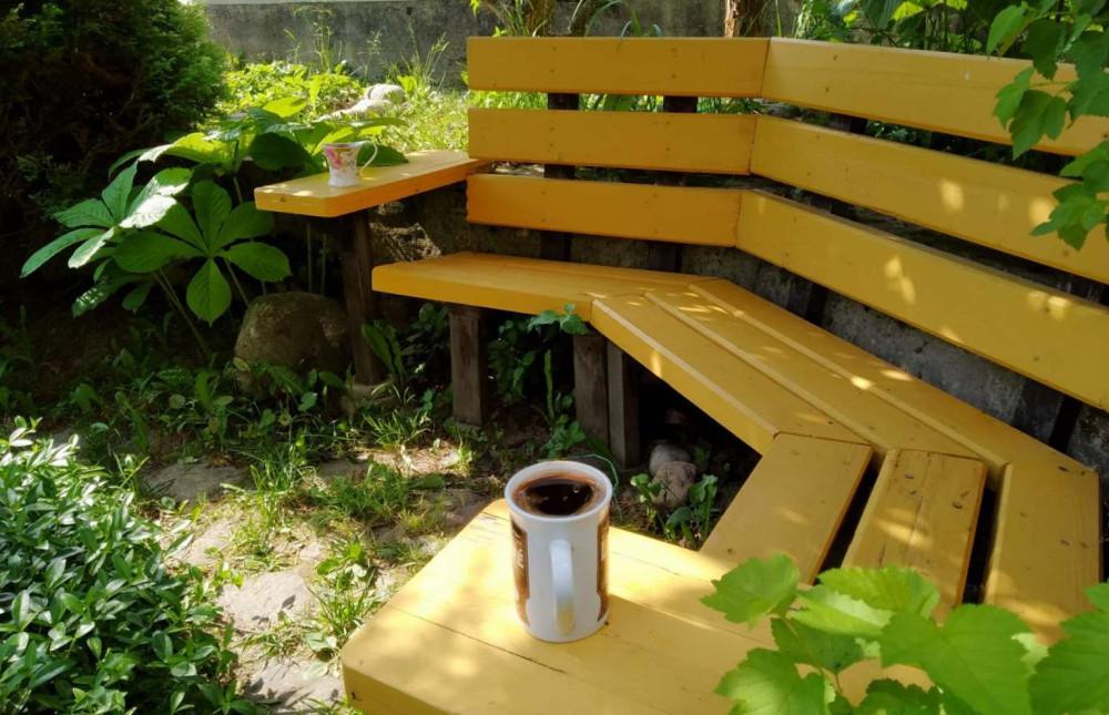 Кофейная (чайная) скамейка