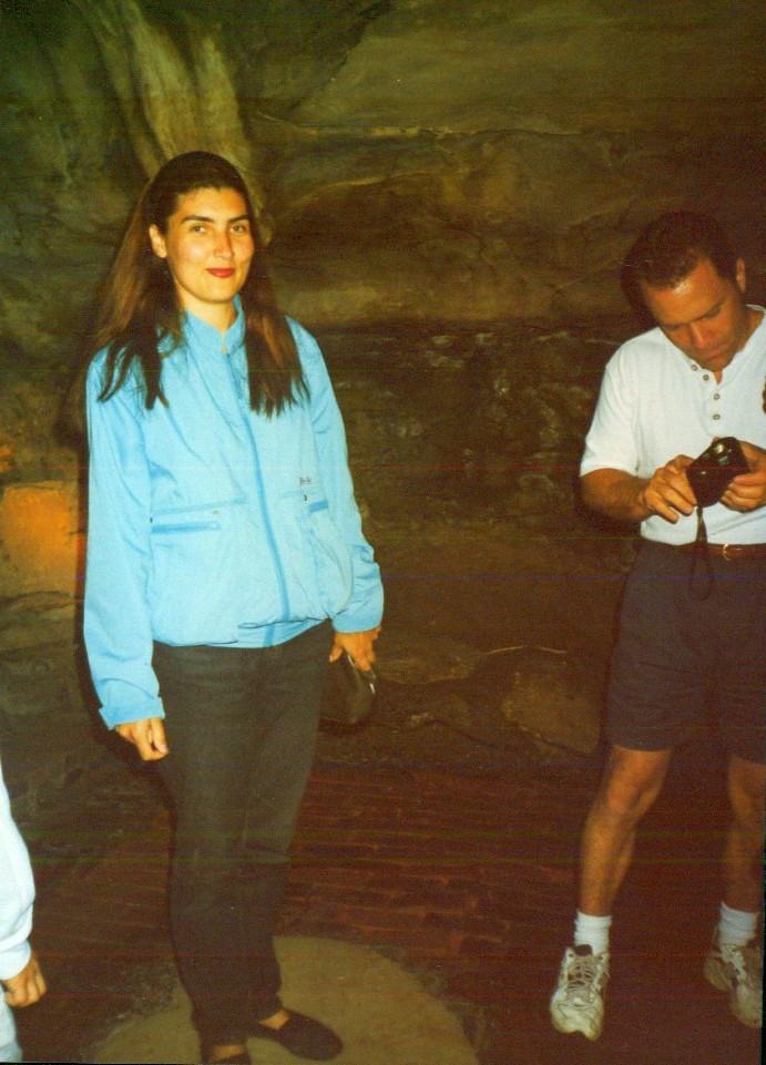 пещеры в Олбани