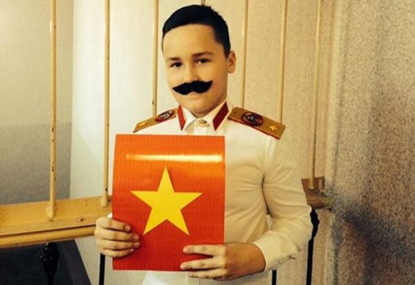 576_1419508657_stalin-vest