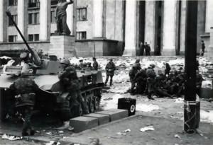 1989, апрель, советские войска на проспекте Руставели (2)