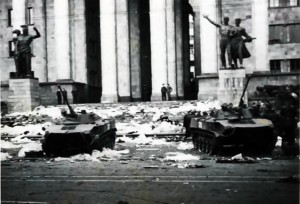 1989, апрель, советские войска на проспекте Руставели