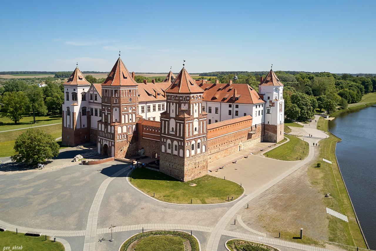 простое изготовлении, замки беларуси фото и описание поведение
