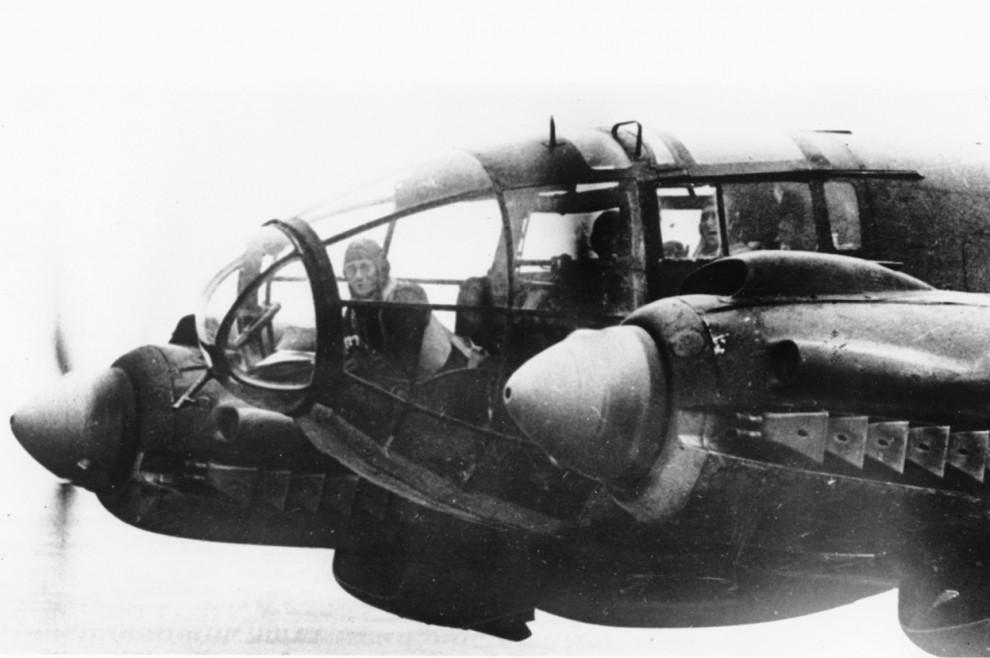 bitva-za-britaniju-15-44-990x658