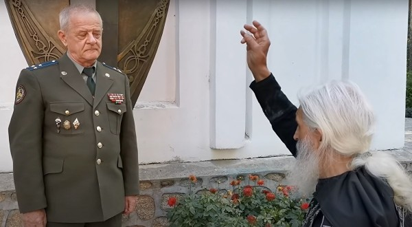 Полковник Квачков провозгласил схимонаха Сергия (Романова)