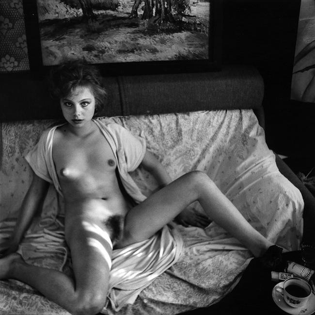 sovetskaya-erotika-v-derevne-16