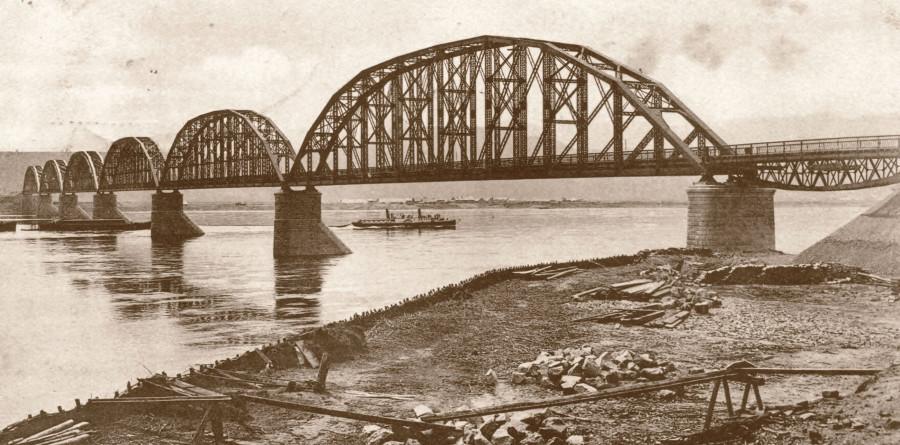 Железнодорожный мост через Енисей)