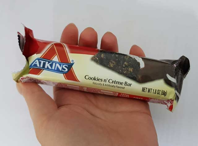 atkins-cookies-cream-2.jpg