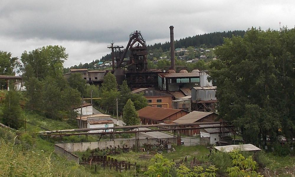 Вид на домну Пашийского завода