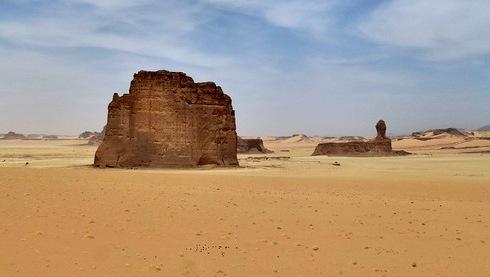 pyramid-sahara