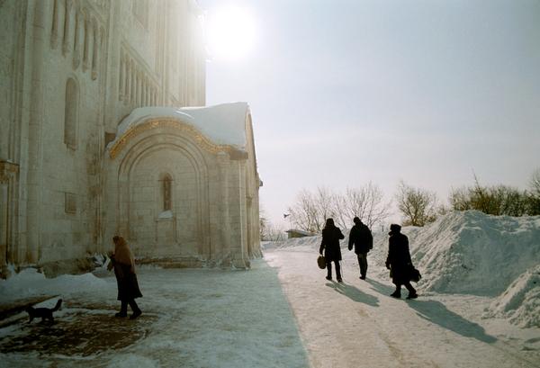 Православный Храм зимой в русской глубинке - посетителей раз два и обчёлся
