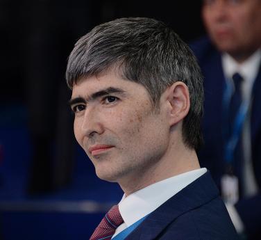 Алан Лушников