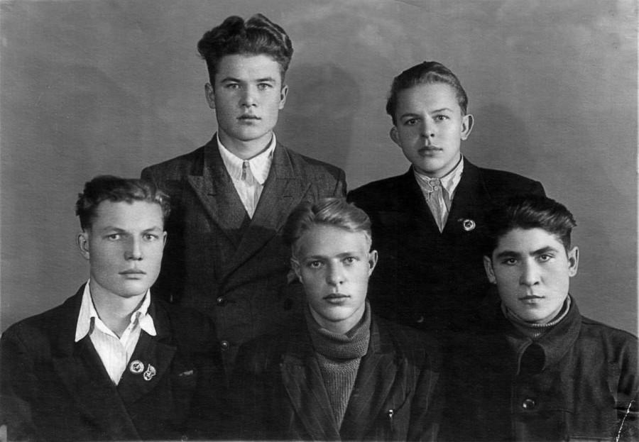 1952 год. Первокурсники.
