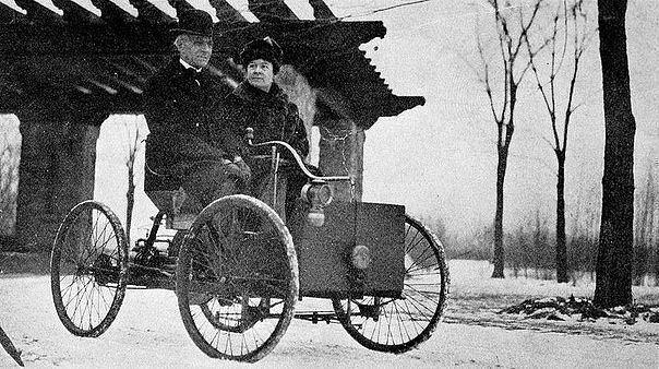 Генри Форд и его жена
