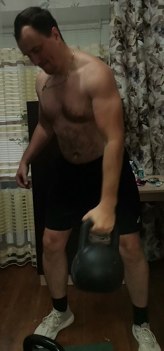 момент сброса гири 24 кг