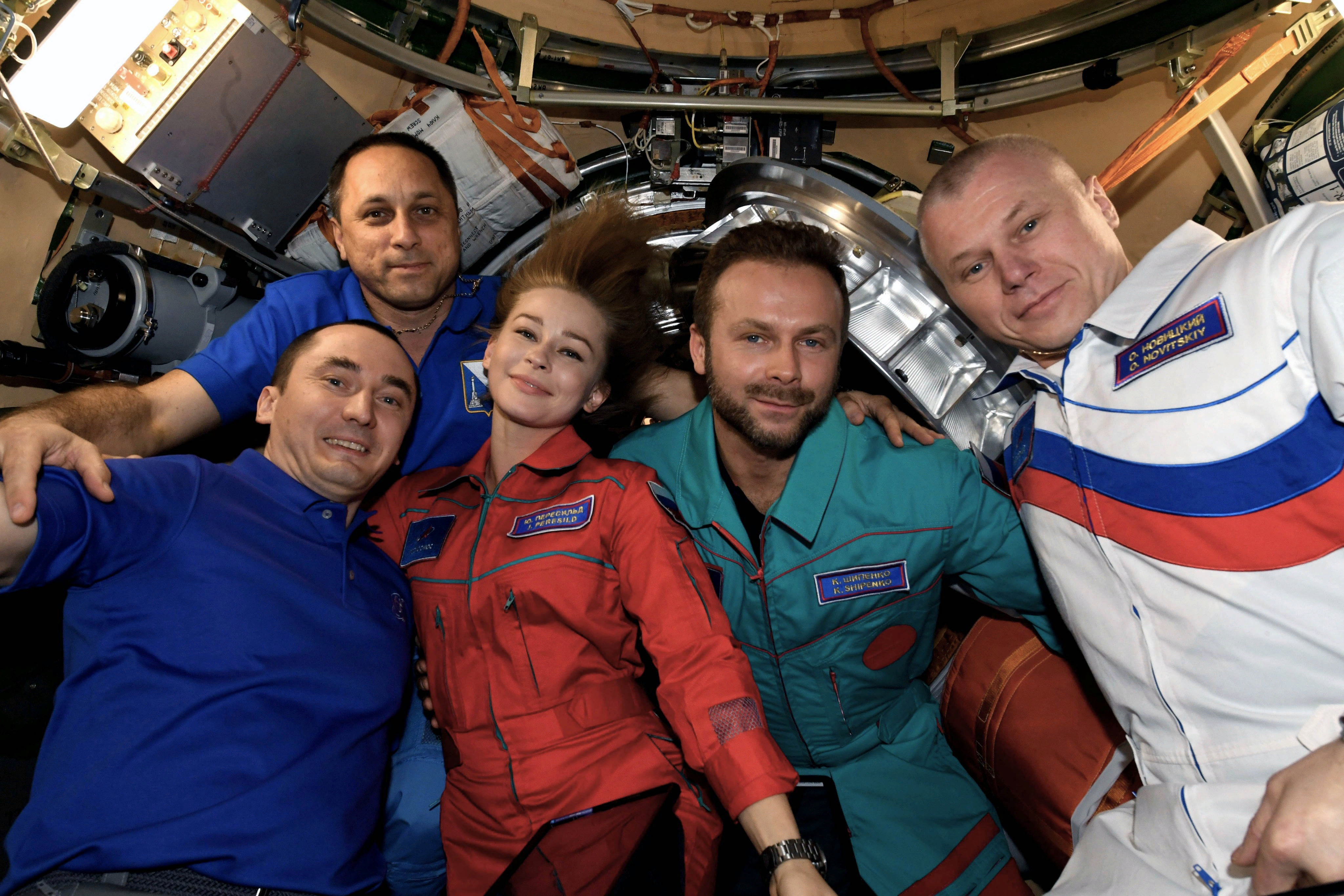 Российской перед посадкой в Союз 8 в модуле Наука/фото А. Шкаплерова