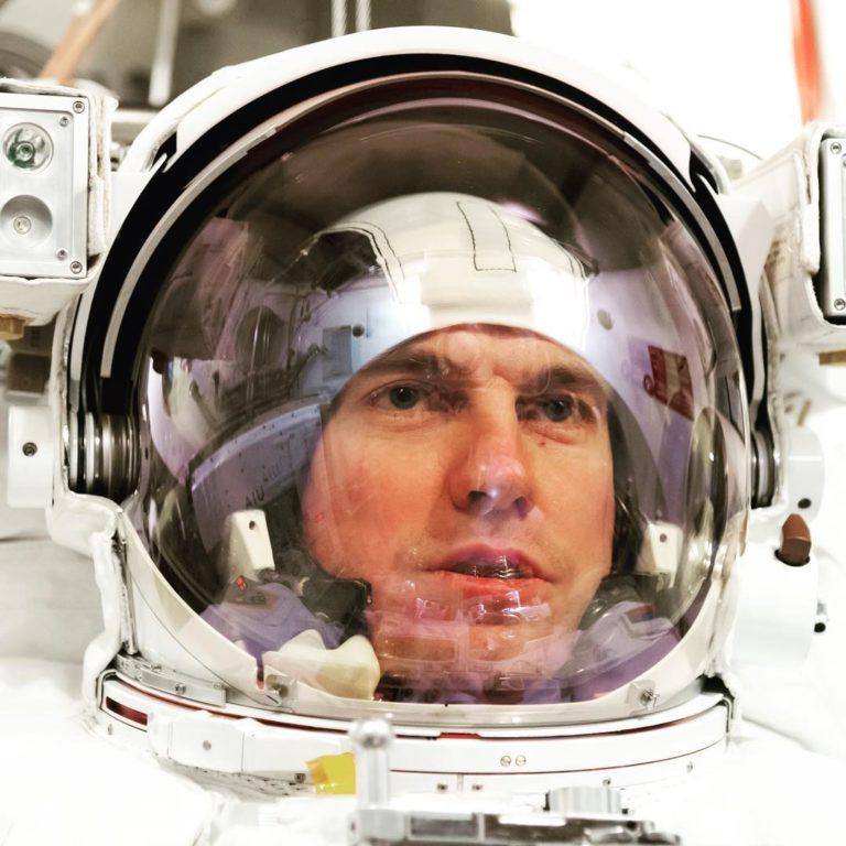 космонавт Тихонов, командир Союз МС16