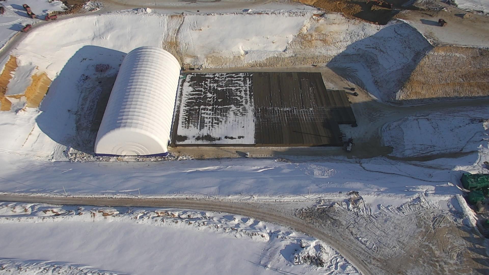 укрытие от мороза в котловане для стартового стола на Восточном, январь 2020