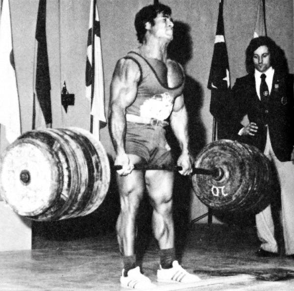 Франко Коломбо - тянет очень большой вес