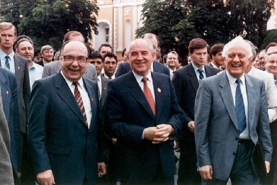 Коммунисты хотят откатить к 1991