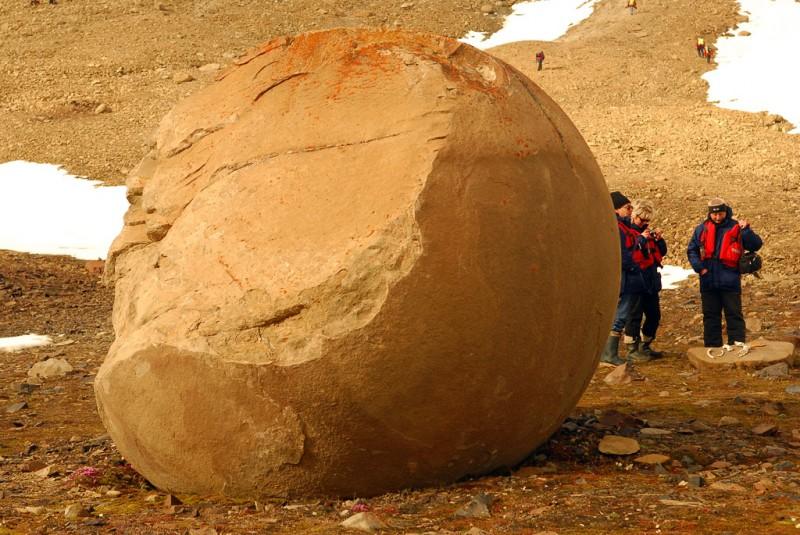 Глиняные шары на Новосибирских островах