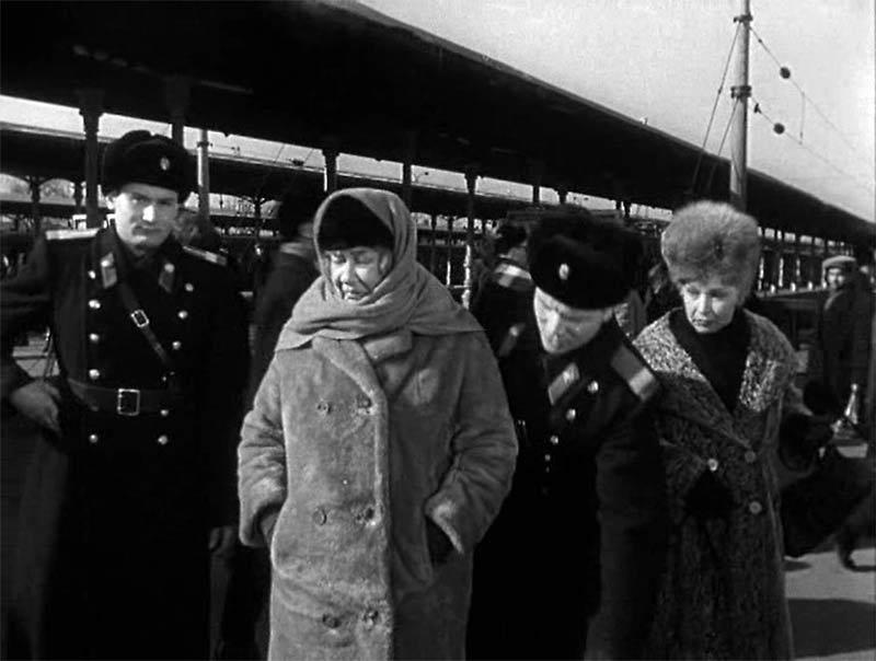 Королева Марго и советское частное предпринимательство Киноведение,Советская законность,Кинолекторий,Совдепия,Обществоведение