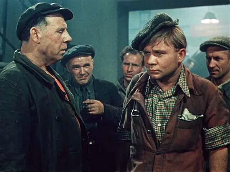 Неприятные герои Евгения Леонова Киноведение,Советские фильмы,Кинолекторий