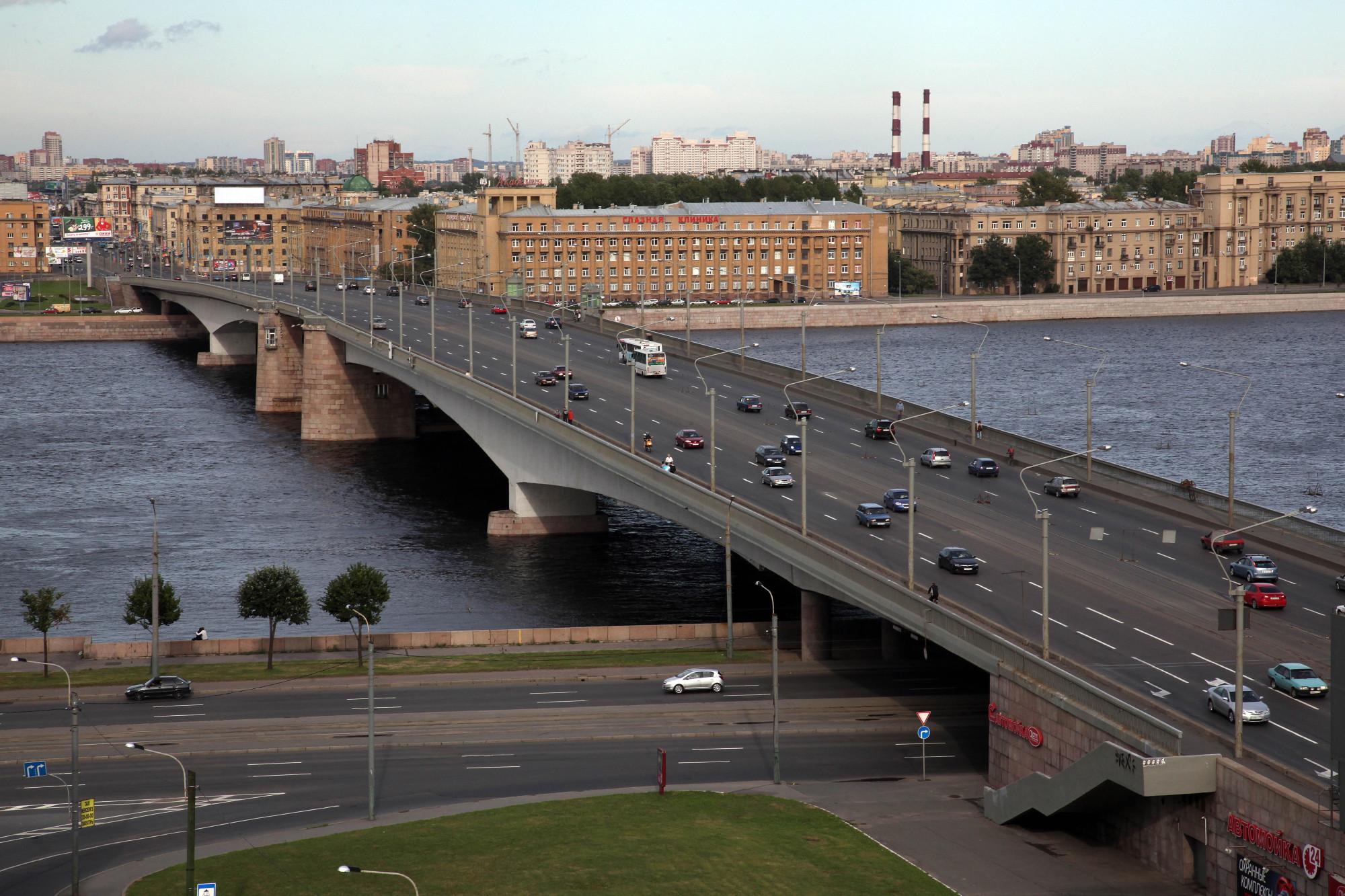 могут быть фото разведенного моста александра невского давно хотела