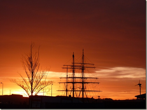 Sunrise over Discovery Point, Dundee